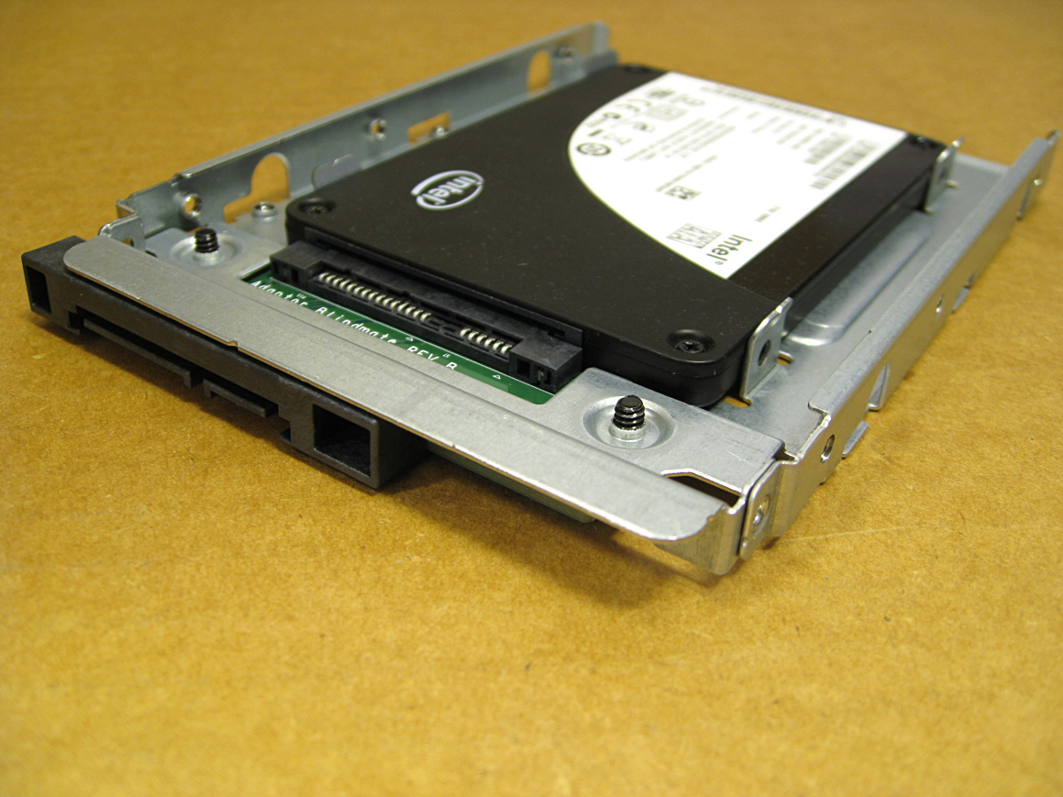 654540-001 Rear with SSD.jpg