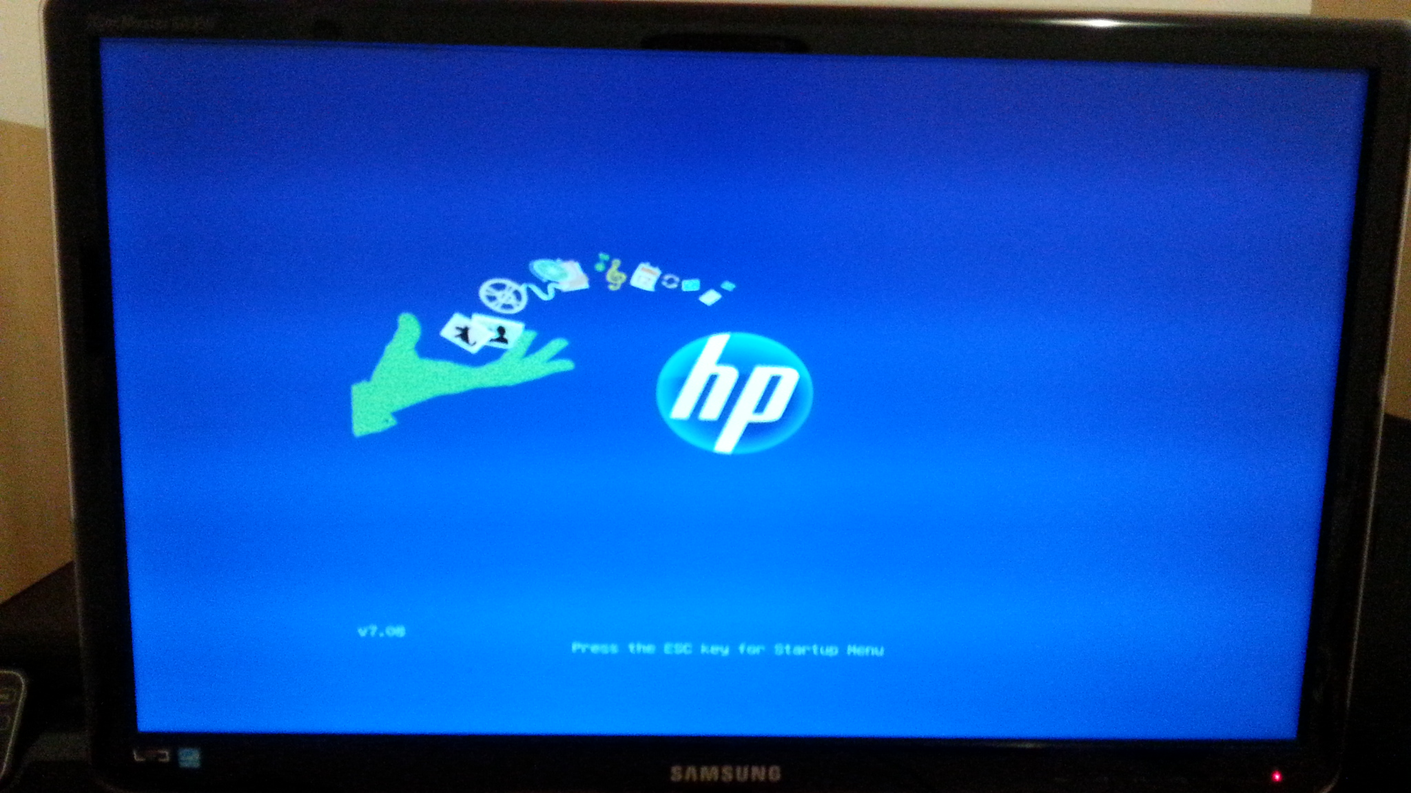 Solved: bios freezes on Hp IPISB-CH2 with new graphic card