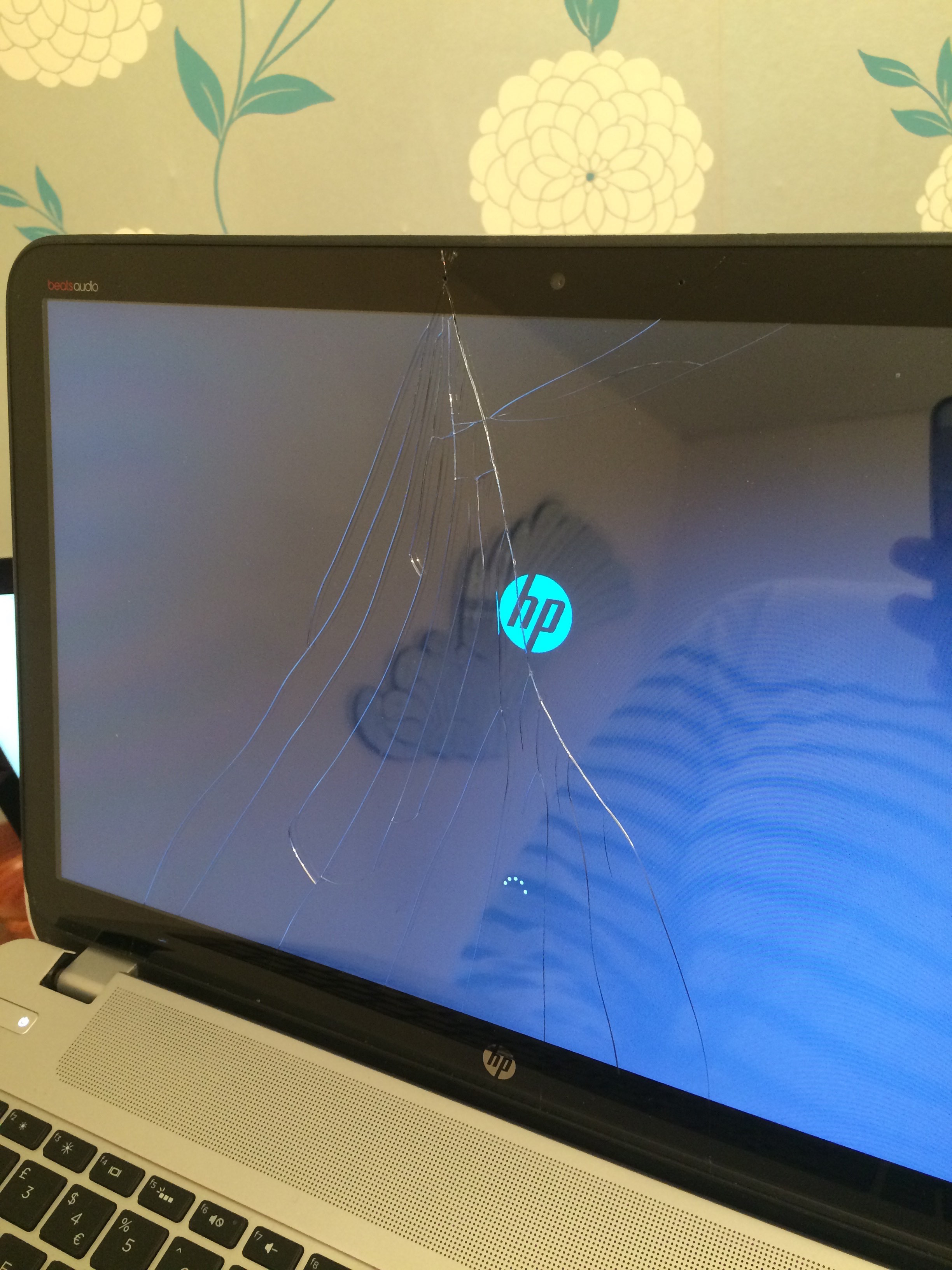 Screen cracked, touch screen not working, HP ENVY TouchSmart