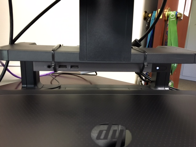 how do i hook up two monitors to my hp docking station