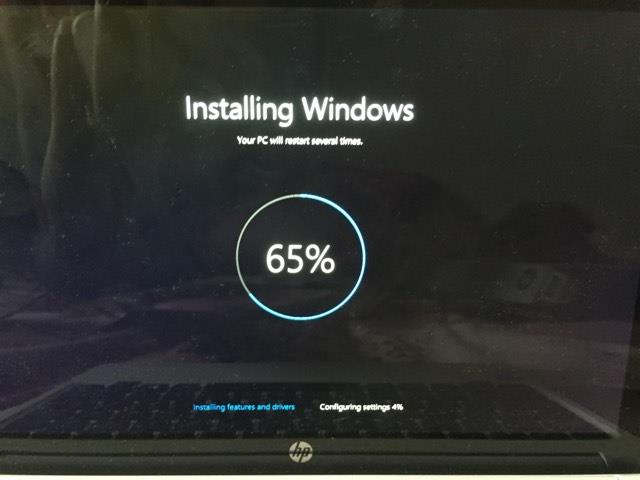 Windows installing stuck at 65% during factory reset - HP