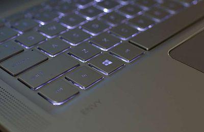 hp-envy-backlit-keyboard.jpg