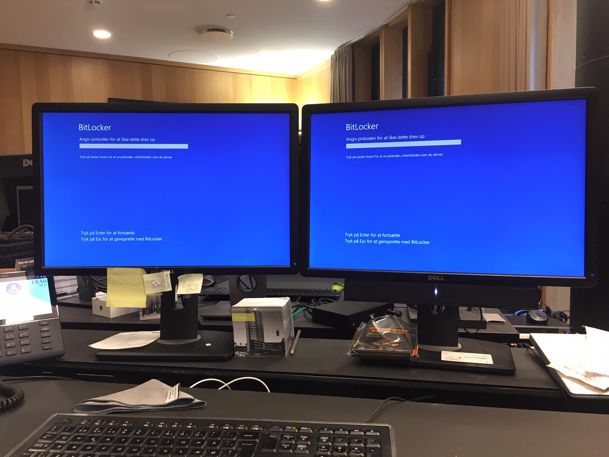 External screens inactive on boot / bitlocker - HP Support