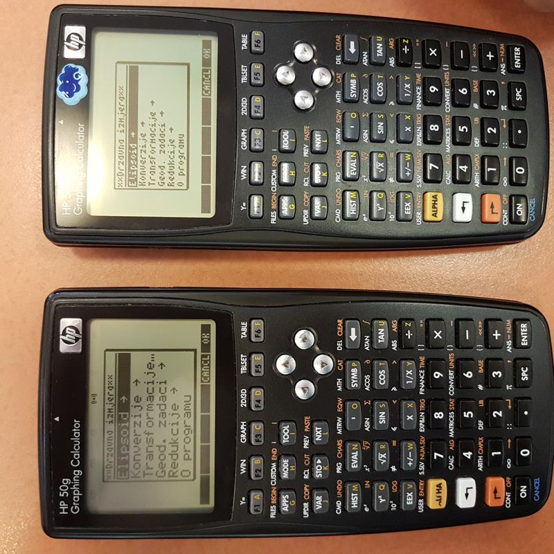 Side by side comparison , lower picture - my CHOOSE BOX , on the other side is my colleague calculator and everything works fine for him