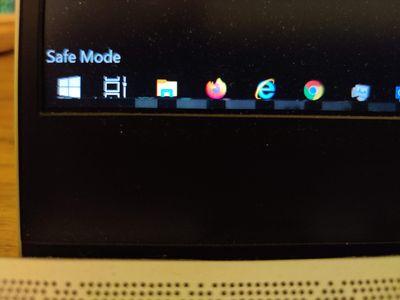 20201214_Jan_Laptop_SafeModeWithStrip.jpg